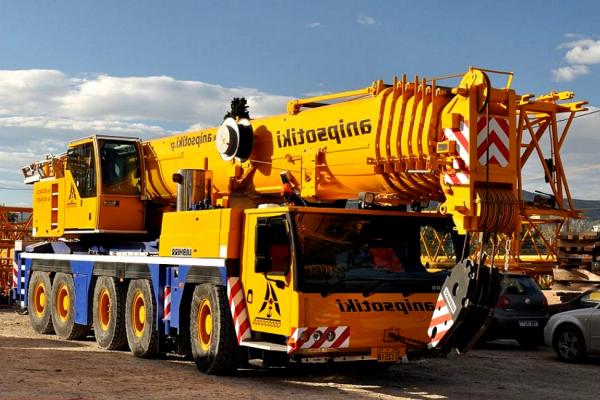 Harga sewa Mobile Crane 50 Ton