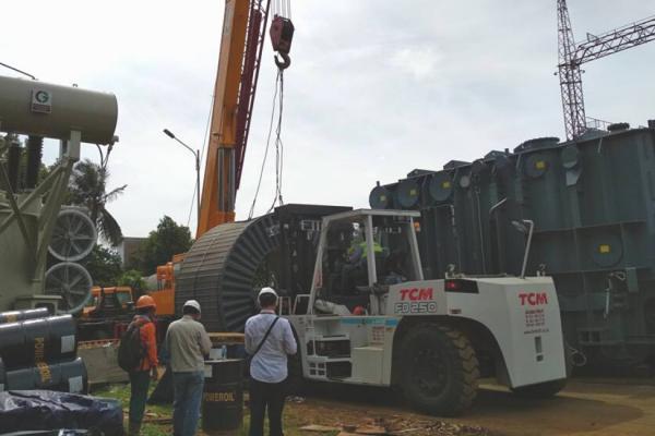 Sewa Forklift 25 Ton