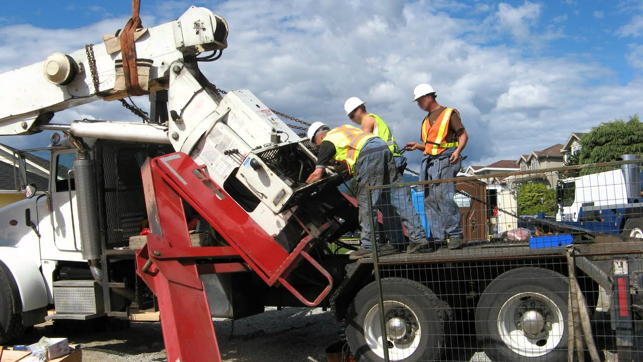 Mobile Crane Failures: Why Maintenance and Inspections Are Critical